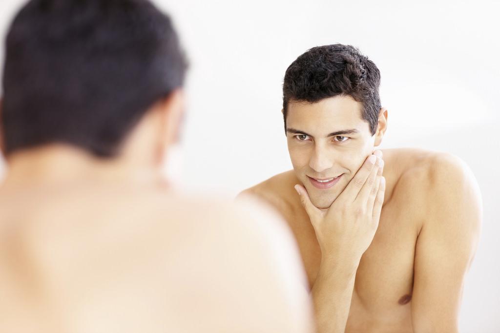Homme - après rasage