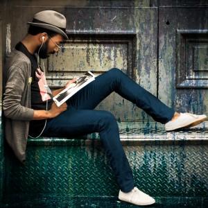 Avoir du style en portant des sneakers