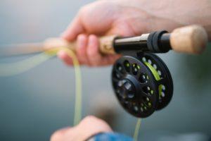 Activité en plein air: pêche à la mouche