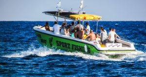 speed-boat-1640215_1920 (1)
